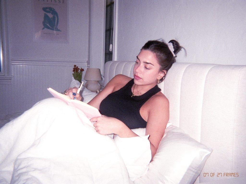 Gaby Ulloa Journaling